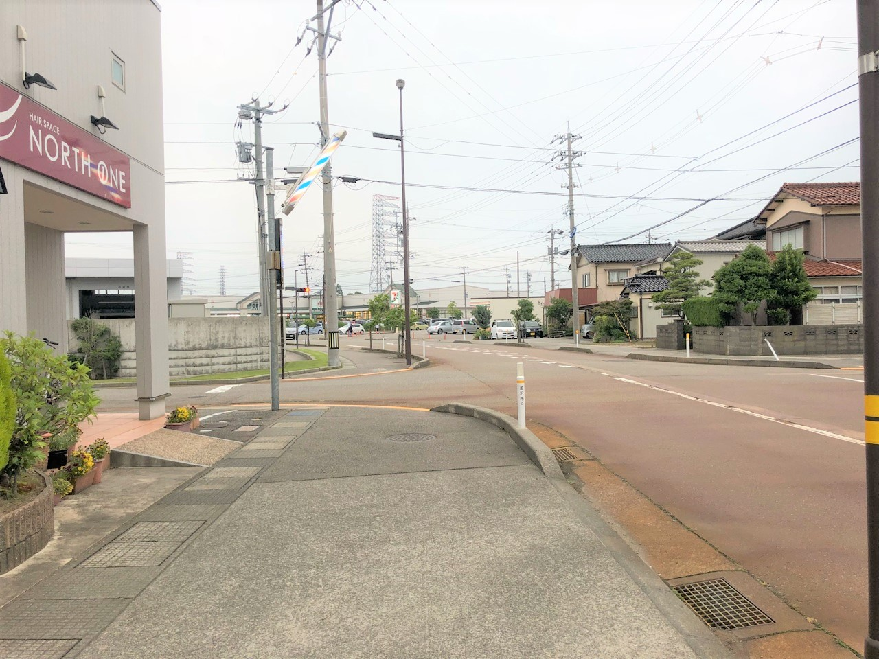 駅からの徒歩経路